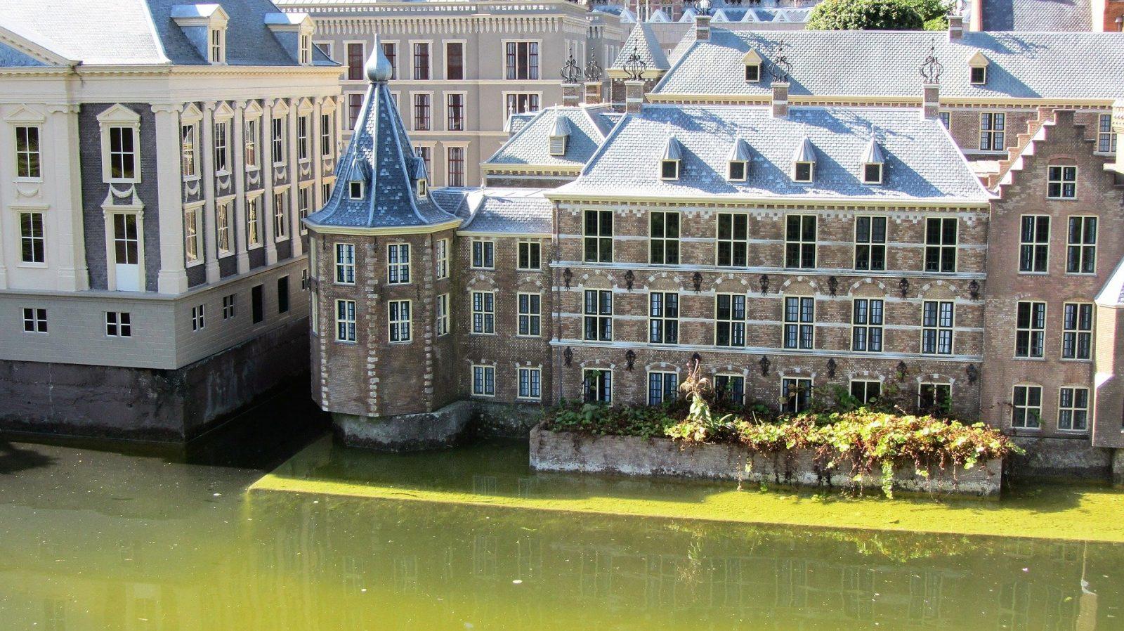 Regering Den Haag